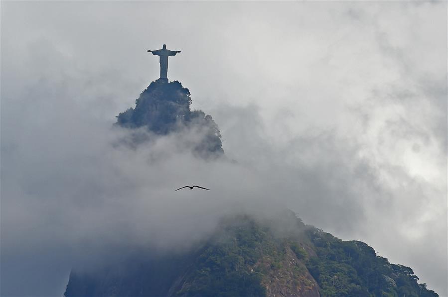 (1)BRASIL-RIO DE JANEIRO-SOCIEDAD-ANIVERSARIO