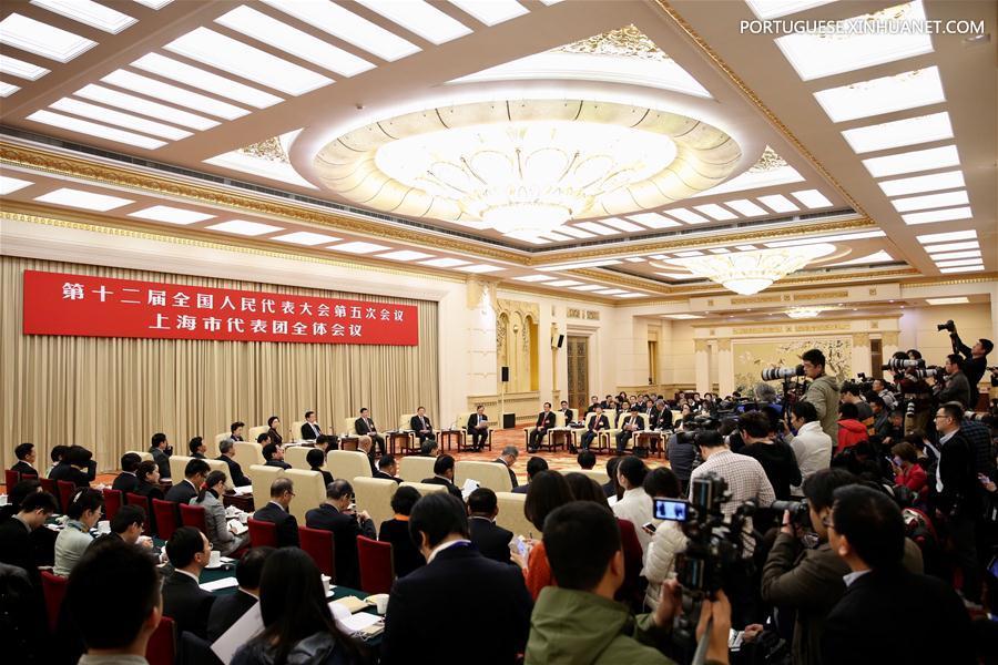 (TWO SESSIONS) CHINA-BEIJING-NPC-SHANGHAI DELEGATION-PLENARY MEETING-OPEN (CN)