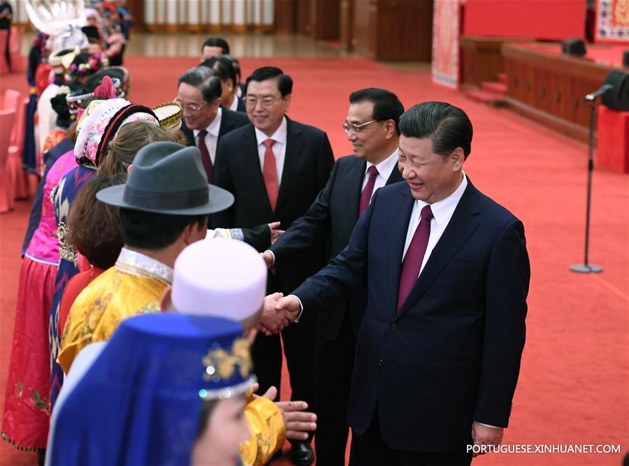 (TWO SESSIONS)CHINA-BEIJING-NPC-CPPCC-ETHNIC MINORITIES-GATHERING (CN)