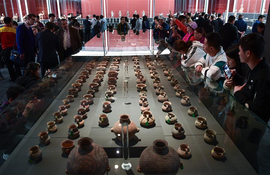 CHINA-BEIJING-RETURNED CULTURAL RELICS-DISPLAY (CN)