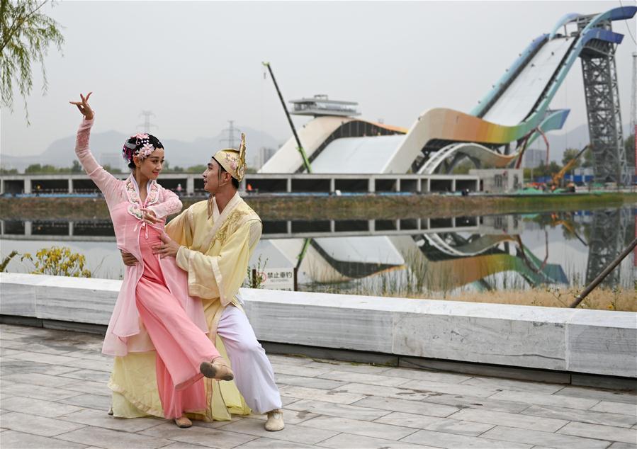 CHINA-BEIJING-DANCE SHOW (CN)
