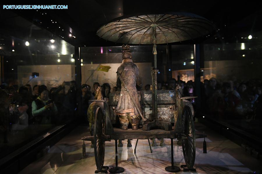 CHINA-SHAANXI-XI'AN-QINSHIHUANG'S MAUSOLEUM SITE MUSEUM-BRONZE CHARIOT (CN)