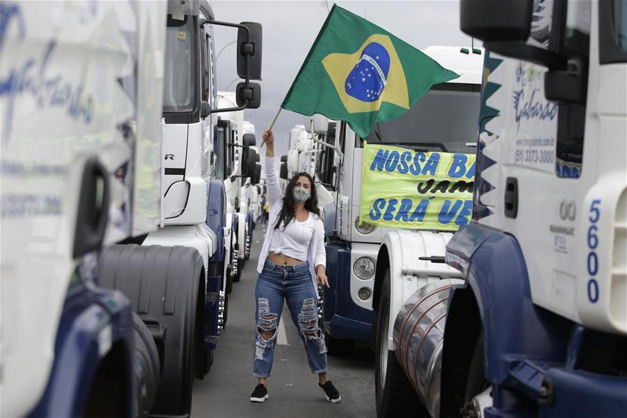 BRASIL-BRASILIA-COVID-19-MANIFESTACION