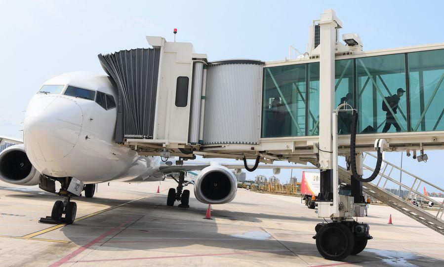 China lamenta decisão dos EUA de suspender voos chineses de passageiros