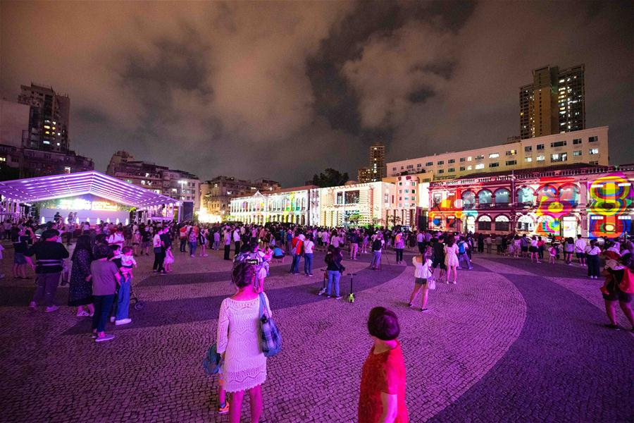 CHINA-MACAO-LIGHT FESTIVAL-OPENING (CN)