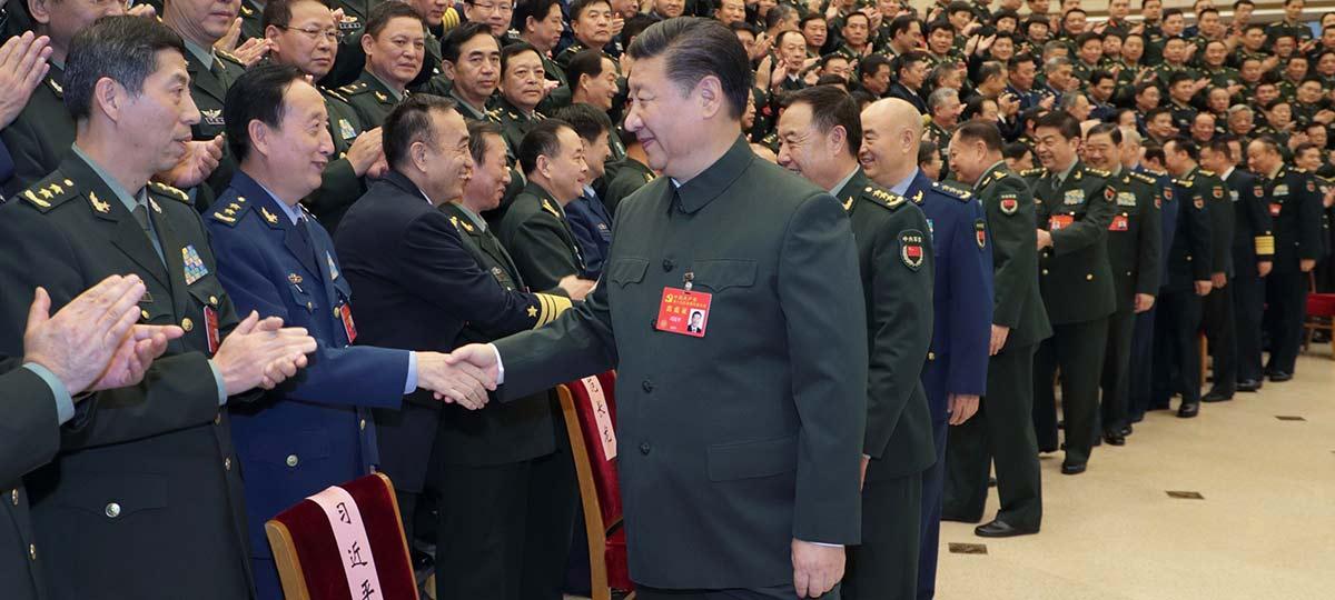 Xi pede pela construção de um exército forte