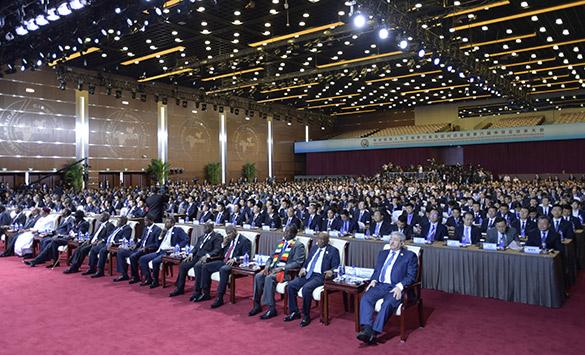 Líderes africanos procuram cooperação mais estreita com a China