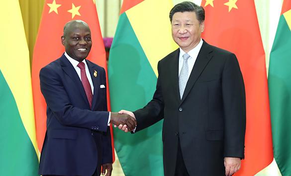 Xi reúne-se com presidente da Guiné-Bissau