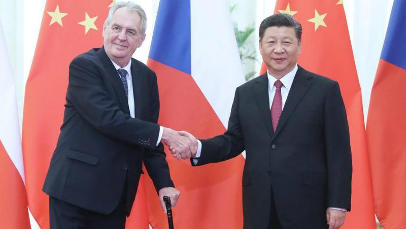 Xi reúne-se com presidente da República Tcheca