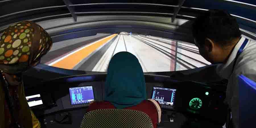 Base de treinamento de ferrovia de alta velocidade atrai visitantes dos países do Cinturão e Rota