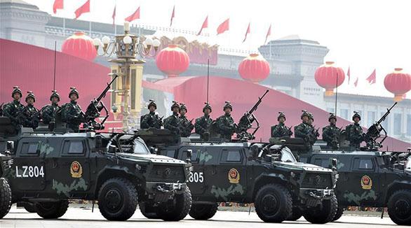China mostra força antiterrorista em parada militar