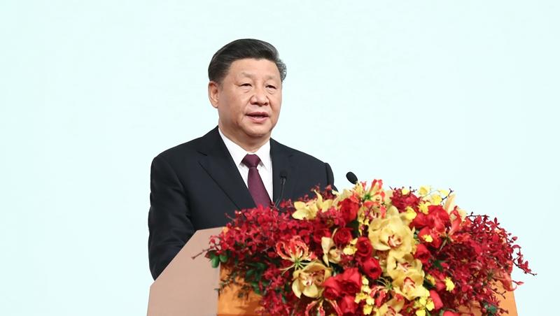 """(RAEM 20) Xi destaca conquistas principais da prática """"um país, dois sistemas"""" em Macau"""
