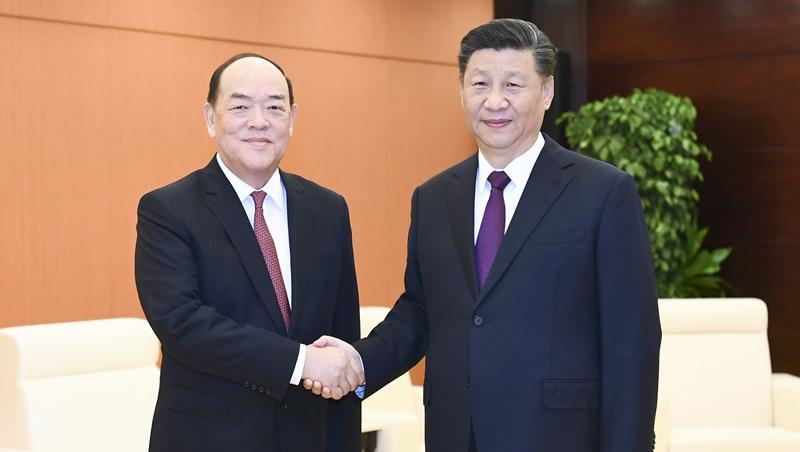 (RAEM 20) Governo central apoia plenamente o trabalho do chefe do Executivo de Macau, diz Xi