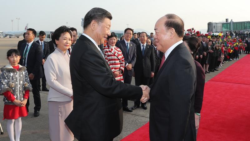(RAEM 20) Presidente Xi parte para Beijing depois de participar das celebrações do aniversário de retorno de Macau
