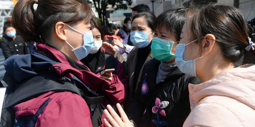 Número de pacientes recém-recuperados da COVID-19 supera o de novas infecções na China pelo terceiro dia consecutivo