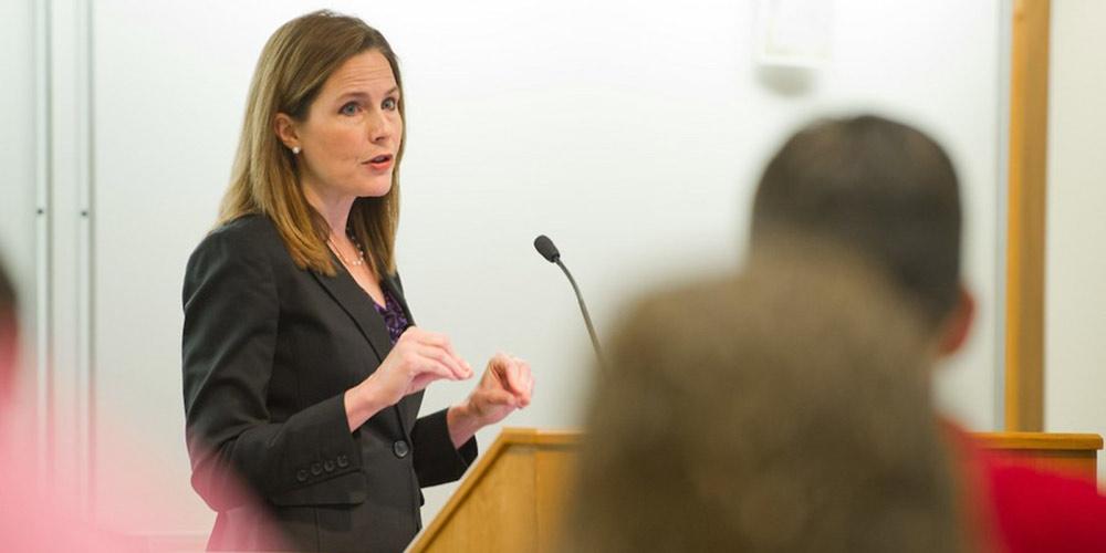 Trump nomeia juíza conservadora Amy Coney Barrett para Suprema Corte dos EUA