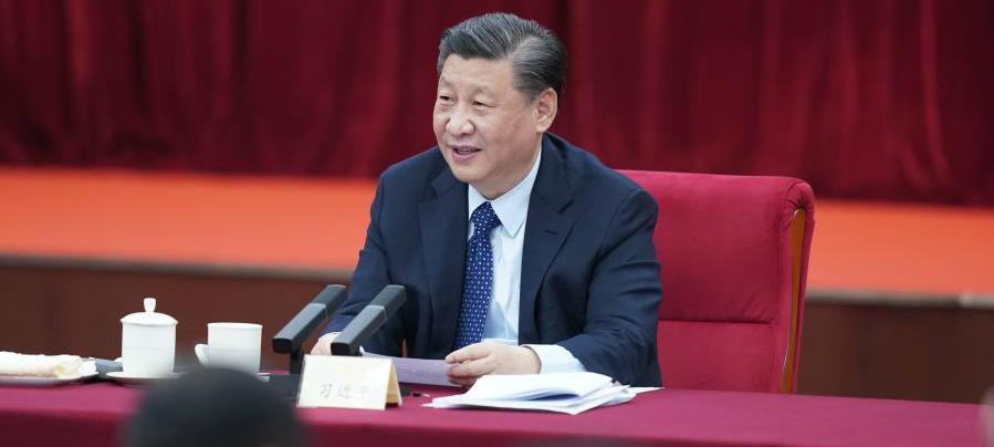 Xi destaca proteção da saúde do povo e construção da educação pública básica de qualidade