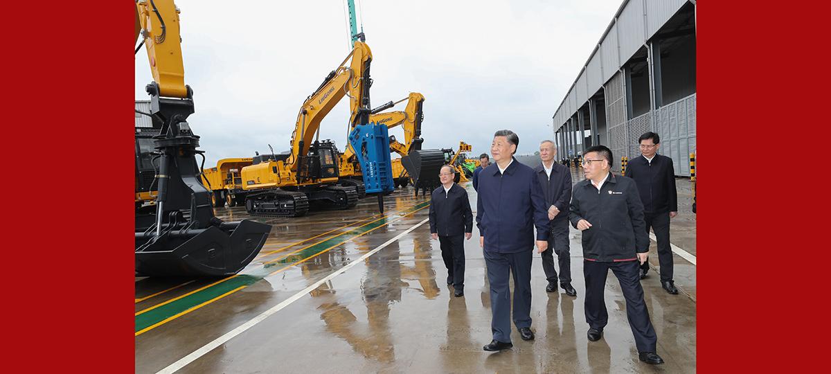 Xi inspeciona cidade de Liuzhou, sul da China
