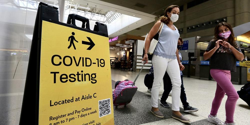 Estados Unidos facilitarão restrições para visitantes estrangeiros totalmente vacinados