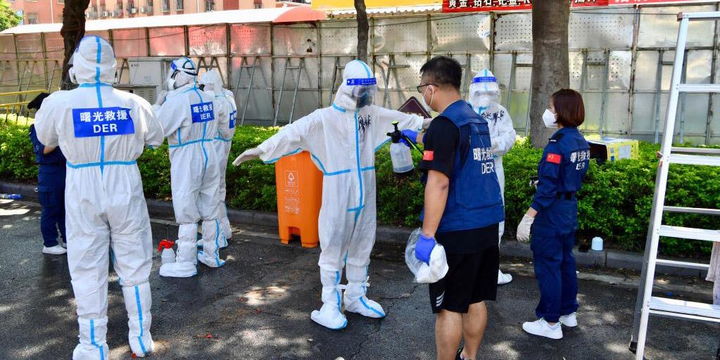 Especialistas orientam sobre prevenção e controle da COVID-19 em Xiamen