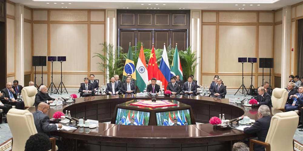 Presidente chinês pede que BRICS salvaguarde igualdade e justiça internacionais