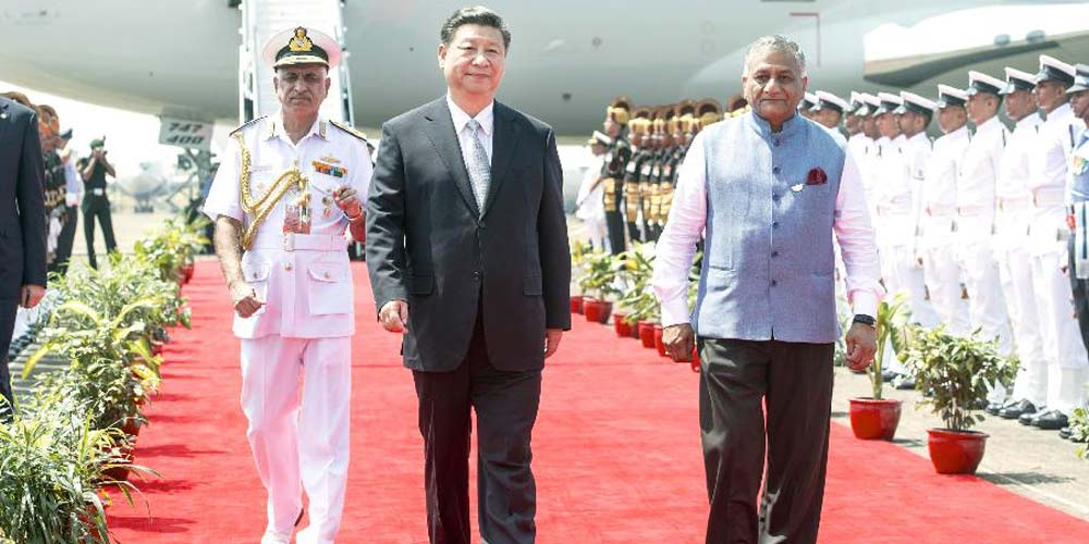 Presidente chinês chega a Índia para cúpula do BRICS