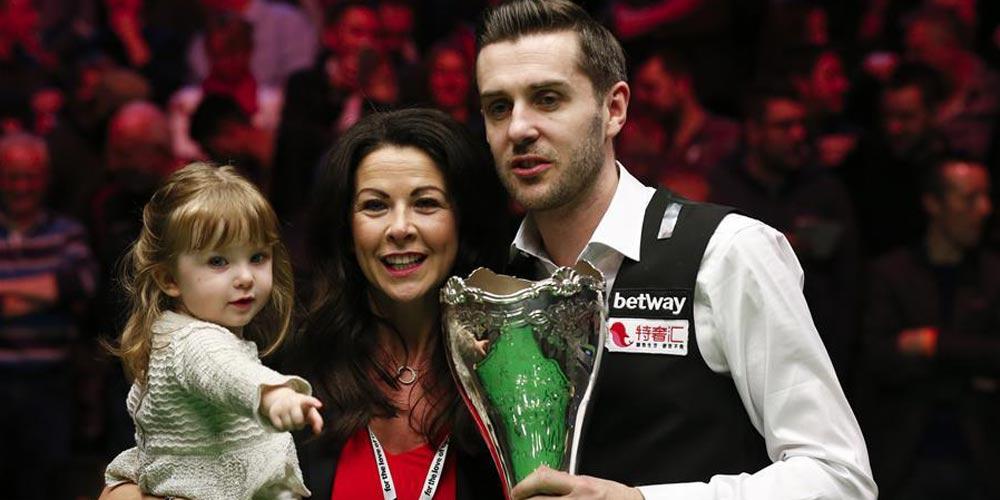 Selby vence O'Sullivan na final do Campeonato britânico de snooker