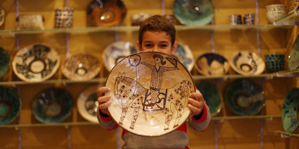 Artesanato de cerâmica traz fama a pequena aldeia egípcia