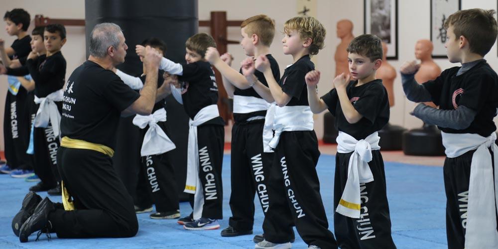 Academia no Chipre promove curso de Wing Chun Kung Fu