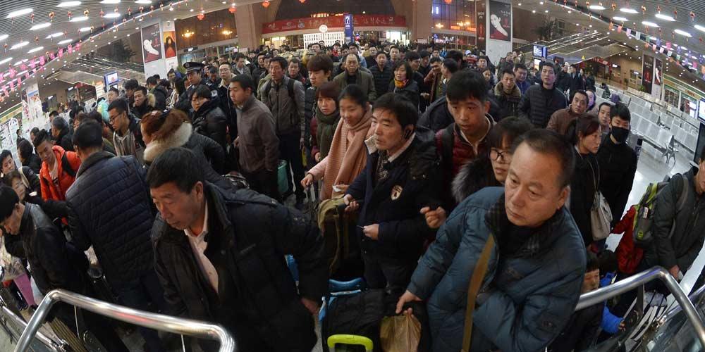 Começa a alta temporada de viagens da China