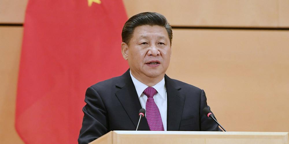 Presidente Xi: China continua comprometida com defesa de paz mundial