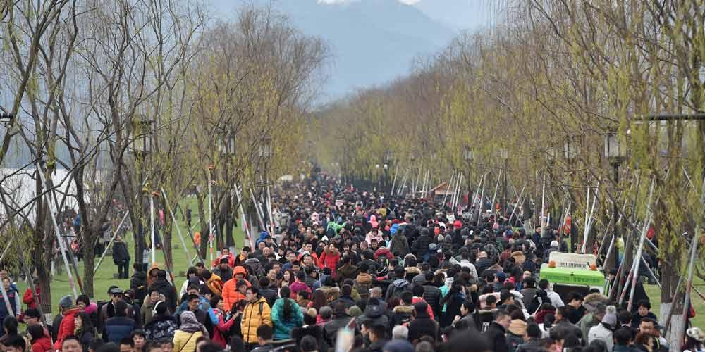 Lago Oeste recebe 632.500 turistas no quarto dia de Ano-Novo Lunar