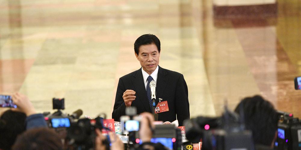 Ministros concedem entrevistas em Beijing