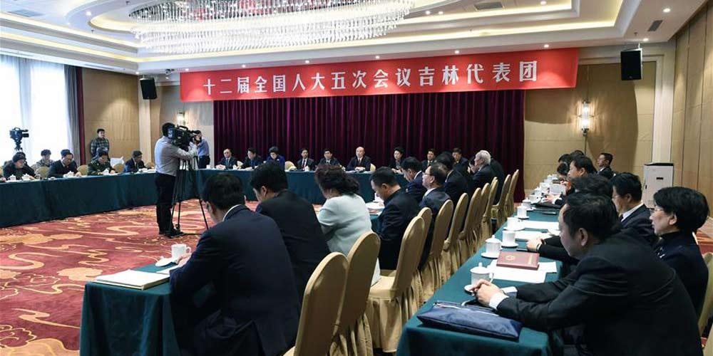 Reunião plenária dos deputados de Jilin na 12ª APN é aberta à imprensa