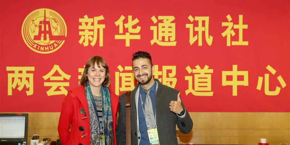 Agência de Notícias Xinhua envia jornalistas estrangeiros para cobrir as sessões anuais