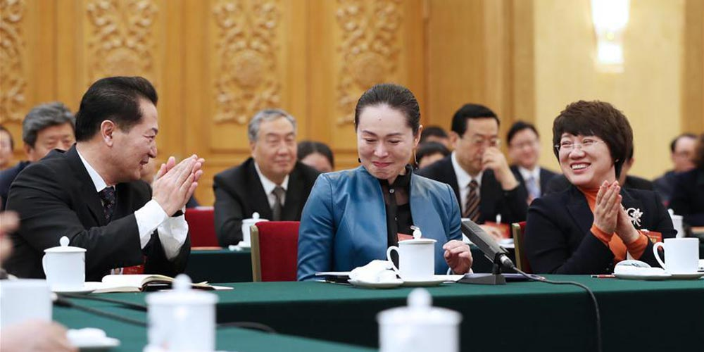 Em imagens: mulheres nas duas sessões