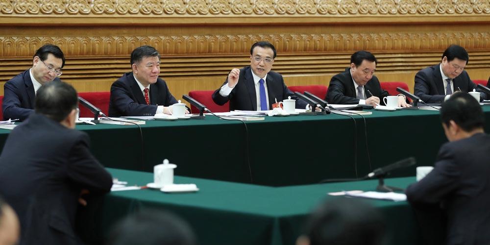 Líderes chineses participam de painel de discussão com legisladores