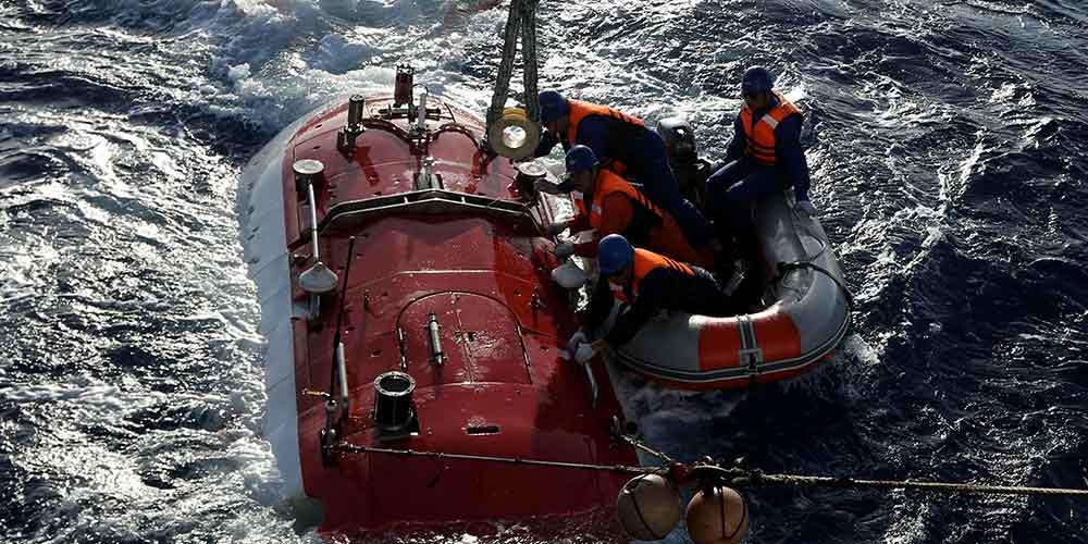 Jiaolong realiza 2º mergulho em 3ª fase da 38ª expedição oceânica