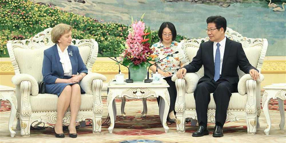 China e Moldávia concordam em aprofundar comunicações entre partidos