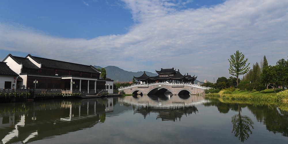 Turismo traz benefícios econômicos à aldeia Tengtou, no leste da China