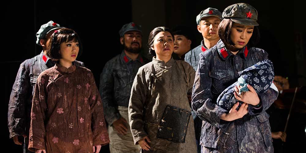 """Artistas chineses apresentam ópera """"A Longa Marcha"""" em Forli, Itália"""