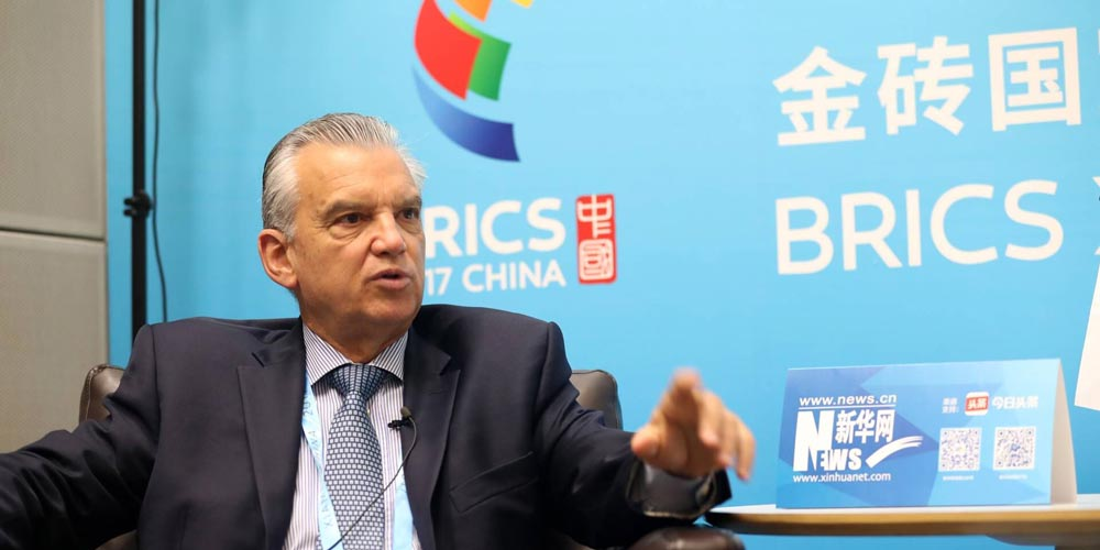 """(Cúpula do BRICS) """"China será um player importante na fabricação de aviões"""", diz presidente da Embraer"""