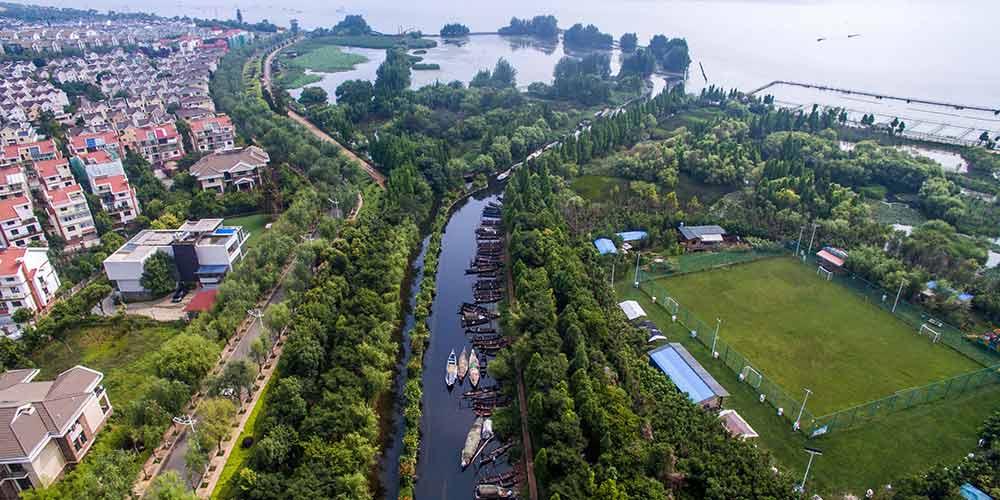 """China nomeia """"guardiões de rios"""" para ajudar no combate à poluição"""