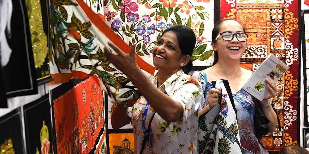 Visitantes na 14ª Expo China-ASEAN em Nanning