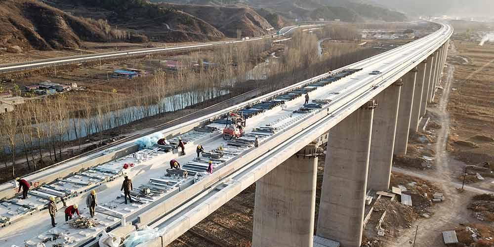 Ferrovia de alta velocidade Beijing-Shenyang em construção