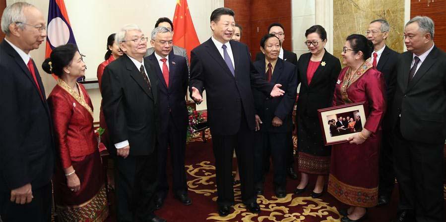Presidente chinês pede que gerações jovens avancem amizade China-Laos