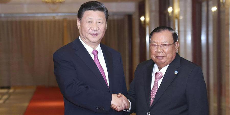 Presidente chinês volta a reunir-se com Bounnhang em visita histórica e frutífera  ao Laos