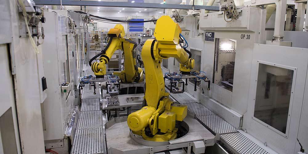Robôs ajudam a aumentar produtividade em empresas de Zhejiang