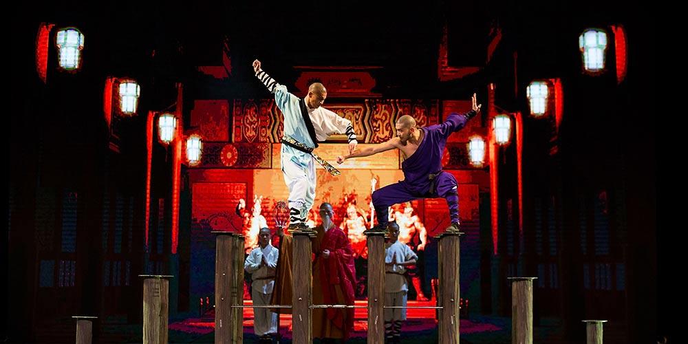 Artistas chineses se apresentam no Teatro La Fenice em Veneza