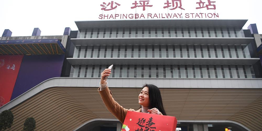 """Viagem de volta para casa """"ininterrupta"""" graças à tecnologia da China"""